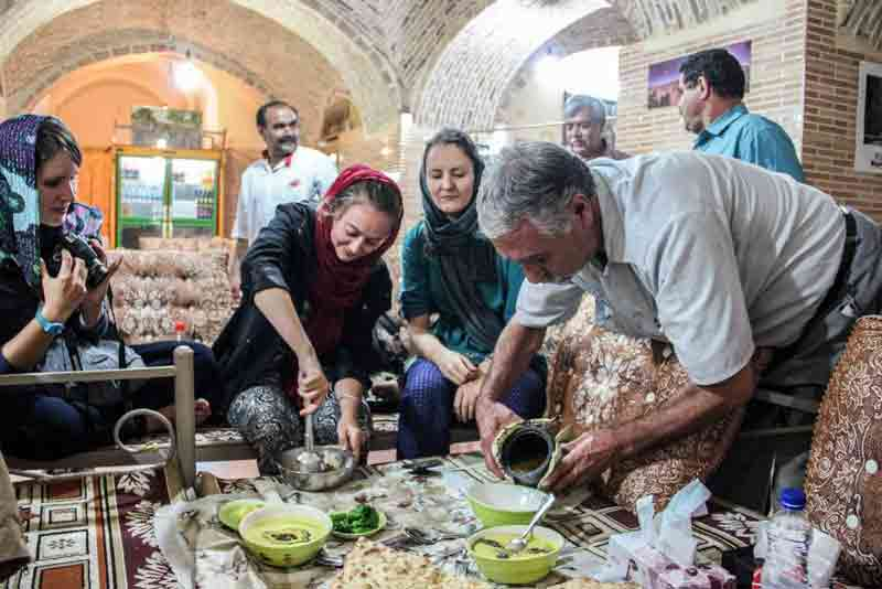 Tourists in Iran in the month of Ramadan